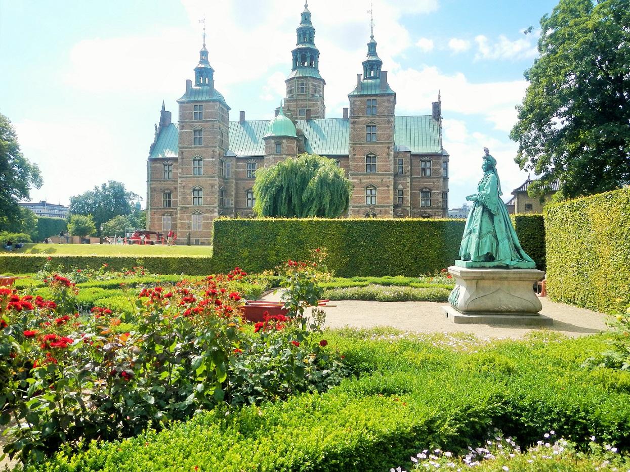 Top 7 Copenhagen Experiences - - 706.7KB